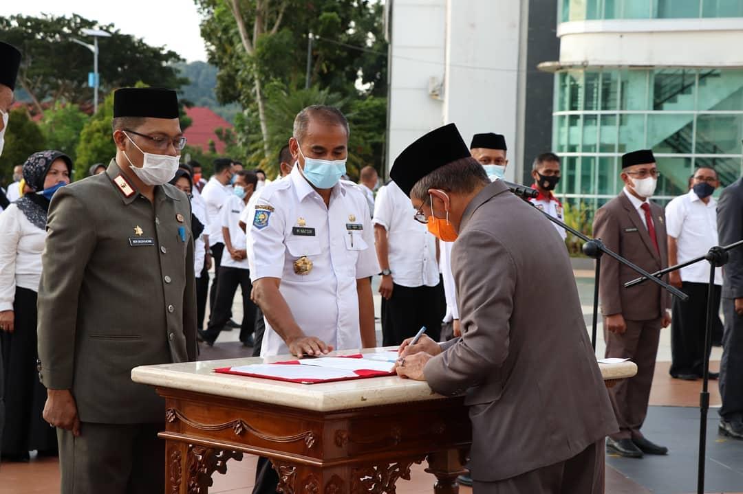 Pengambilan Sumpah dan Pelantikan Pejabat JPT Pratama, Administrator, dan Pengawas Lingkup Pemerintah Provinsi Sulawesi Barat